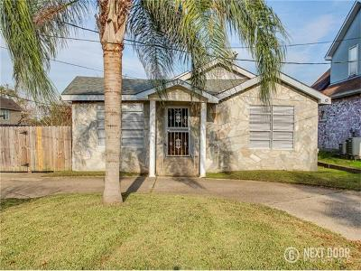 New Orleans Single Family Home For Sale: 2738 Behrman Highway