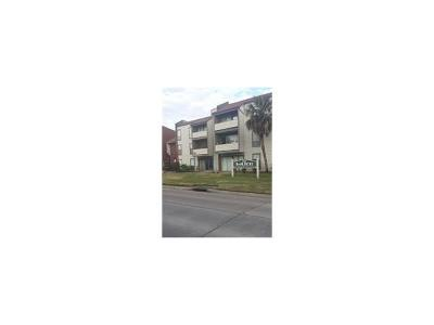Metairie Condo For Sale: 1161 Lake Avenue #105