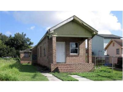 New Orleans Multi Family Home For Sale: 4223 Prieur Street