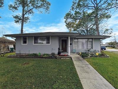 Metairie Single Family Home For Sale: 3920 Haring Road