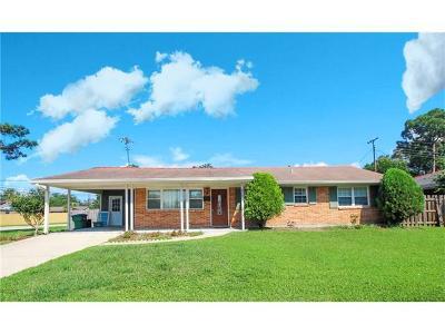 Metairie Single Family Home For Sale: 3721 Tartan Drive