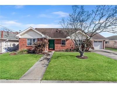 Metairie Single Family Home Pending Continue to Show: 2209 Metairie Court