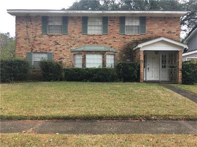 New Orleans Single Family Home For Sale: 5747 Brighton Place