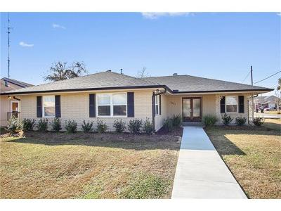 Single Family Home Pending Continue to Show: 2937 Amazon Street