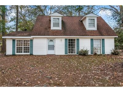 Mandeville Single Family Home For Sale: 213 W Hickory Street