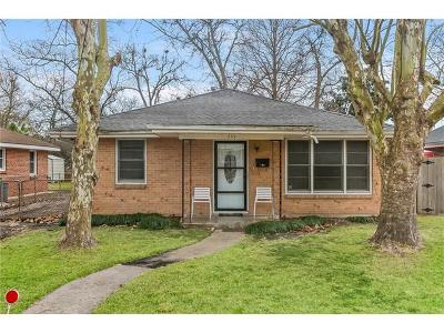 Single Family Home For Sale: 239 Arnold Avenue