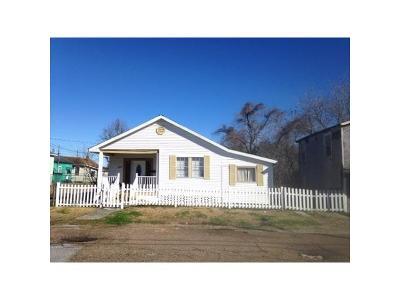Single Family Home For Sale: 1418 Leboeuf Street