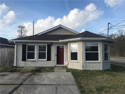 Single Family Home For Sale: 3700 Sandy Lane