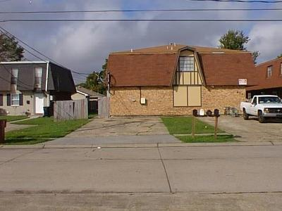 Kenner Multi Family Home Pending Continue to Show: 4341 Florida Avenue