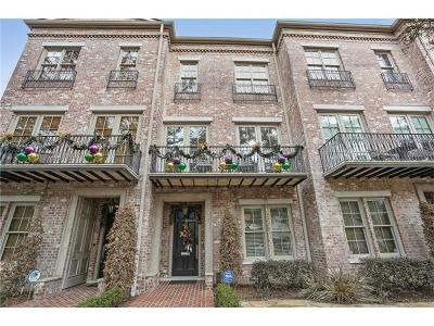 Townhouse For Sale: 3721 St Charles Avenue #B