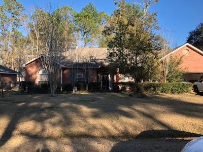 Mandeville Single Family Home Pending Continue to Show: 662 Pierce Drive