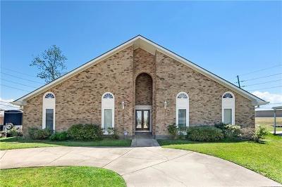 Kenner Single Family Home For Sale: 19 St John Drive