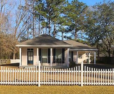 Covington Single Family Home For Sale: 71130 Shady Lake Drive