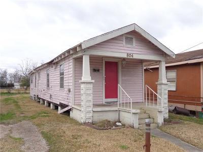 Harvey Single Family Home For Sale: 804 Estalote Avenue