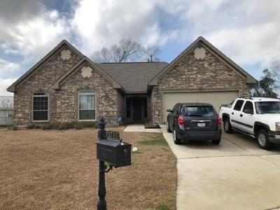 Marrero Single Family Home Pending Continue to Show: 2757 Villemont Court