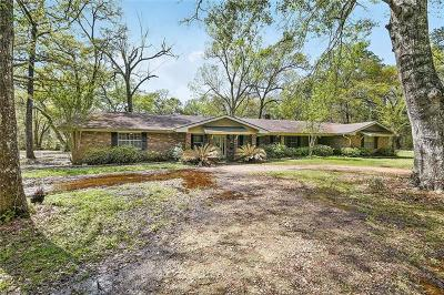 Covington Single Family Home For Sale: 70113 Hwy 1077 Highway