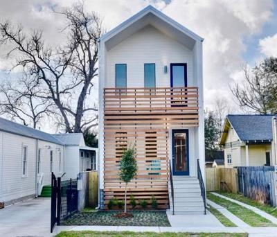 Single Family Home For Sale: 1915 S Lopez Street