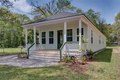 Mandeville Single Family Home For Sale: 802 Coffee Street