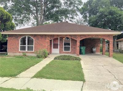 Gretna Single Family Home Pending Continue to Show: 717 Grinell Place