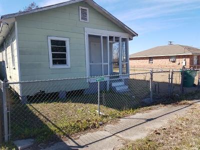 Harvey Single Family Home For Sale: 1412 Estalote Avenue