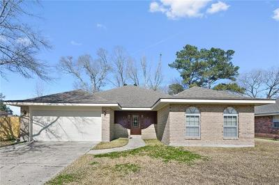 Destrehan, St. Rose Single Family Home Pending Continue to Show: 208 N Beauregard Lane