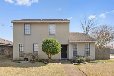 Kenner Single Family Home Pending Continue to Show: 3200 3200 Roosevelt Blvd. Boulevard
