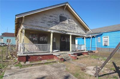 Single Family Home Pending Continue to Show: 1804 Mandeville Street