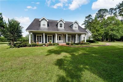 Covington Single Family Home Pending Continue to Show: 8 Green Hills Drive