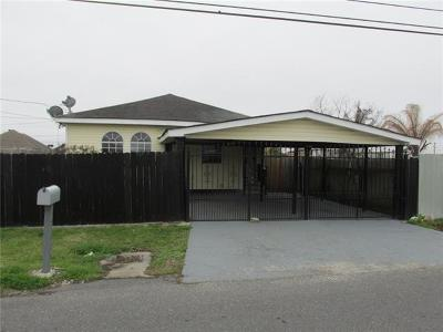 Harvey Single Family Home For Sale: 1516 Estalote Avenue