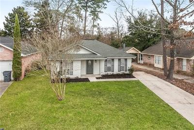 Single Family Home For Sale: 605 Bon Temps Roule Drive