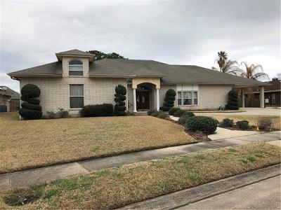 Single Family Home For Sale: 5801 Waterford Boulevard