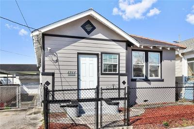 Single Family Home For Sale: 2922 College Court