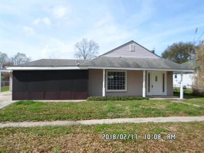 Single Family Home For Sale: 911 Minden Street