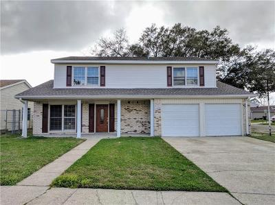 Single Family Home For Sale: 2608 Woodmere Boulevard