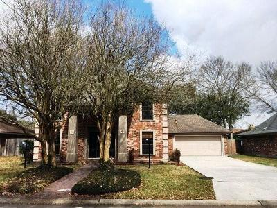 Jefferson Parish Single Family Home For Sale: 1300 Vintage Drive