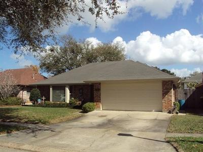 Kenner Single Family Home For Sale: 4156 Loire Drive