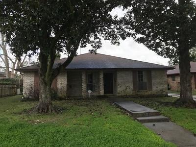 Single Family Home For Sale: 6020 Oxford Place