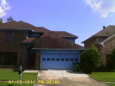 Harvey Single Family Home For Sale: 1905 Bayou Oaks Drive
