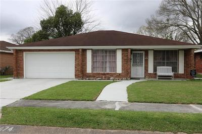 Westwego Single Family Home Pending Continue to Show: 474 Vine Drive