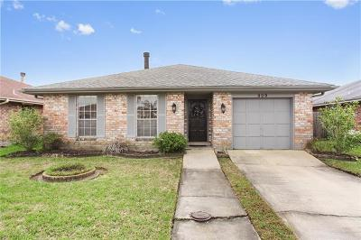 Kenner Single Family Home For Sale: 909 Sessions Lane