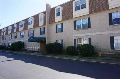 Metairie Condo Pending Continue to Show: 2732 Whitney Place #201