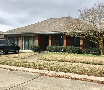 Kenner Single Family Home For Sale: 3217 Irish Bend Drive