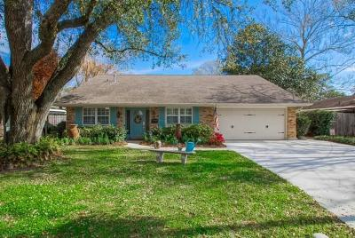 Single Family Home Pending Continue to Show: 8913 Darby Lane