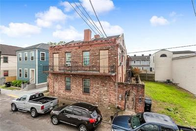 New Orleans Multi Family Home Pending Continue to Show: 1738 Clio Street