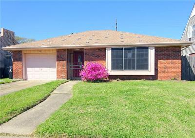 New Orleans Single Family Home Pending Continue to Show: 16 N Oak Ridge Court