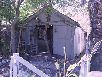 Single Family Home For Sale: 1020 Oak Avenue
