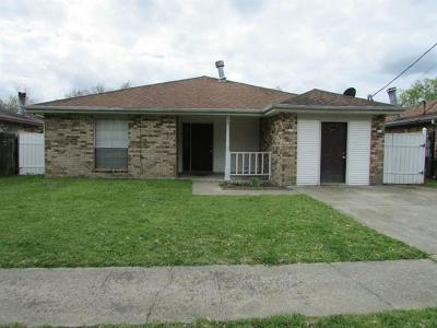 Destrehan, St. Rose Single Family Home For Sale: 214 Riverview Drive