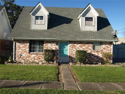 Metairie Single Family Home For Sale: 207 Holly Grove Street