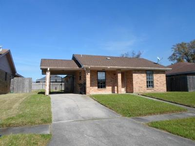 New Orleans Single Family Home For Sale: 7613 Tricia Court