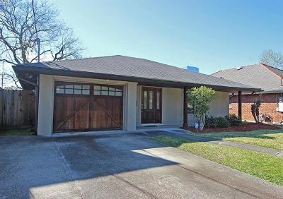 Metairie Single Family Home Pending Continue to Show: 2000 Metairie Court